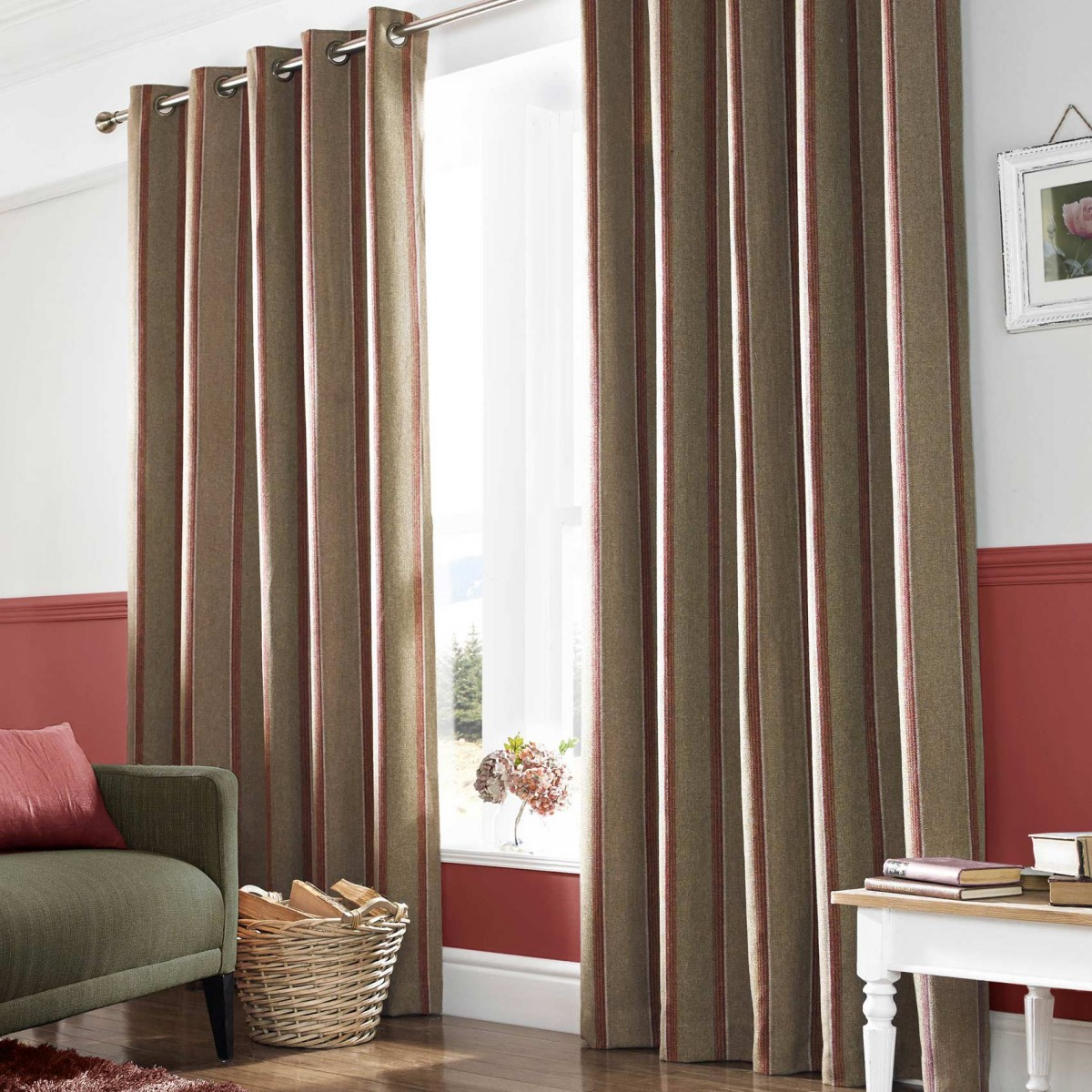 downton rouge ready made curtains 90x54. Black Bedroom Furniture Sets. Home Design Ideas